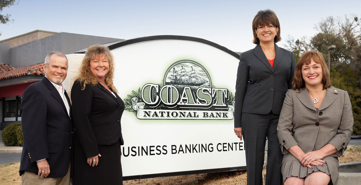 Bank Executive Outdoor Portrait Photography - Studio 101 West Photography
